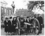 United Daughters of the Confederacy pose with cannon